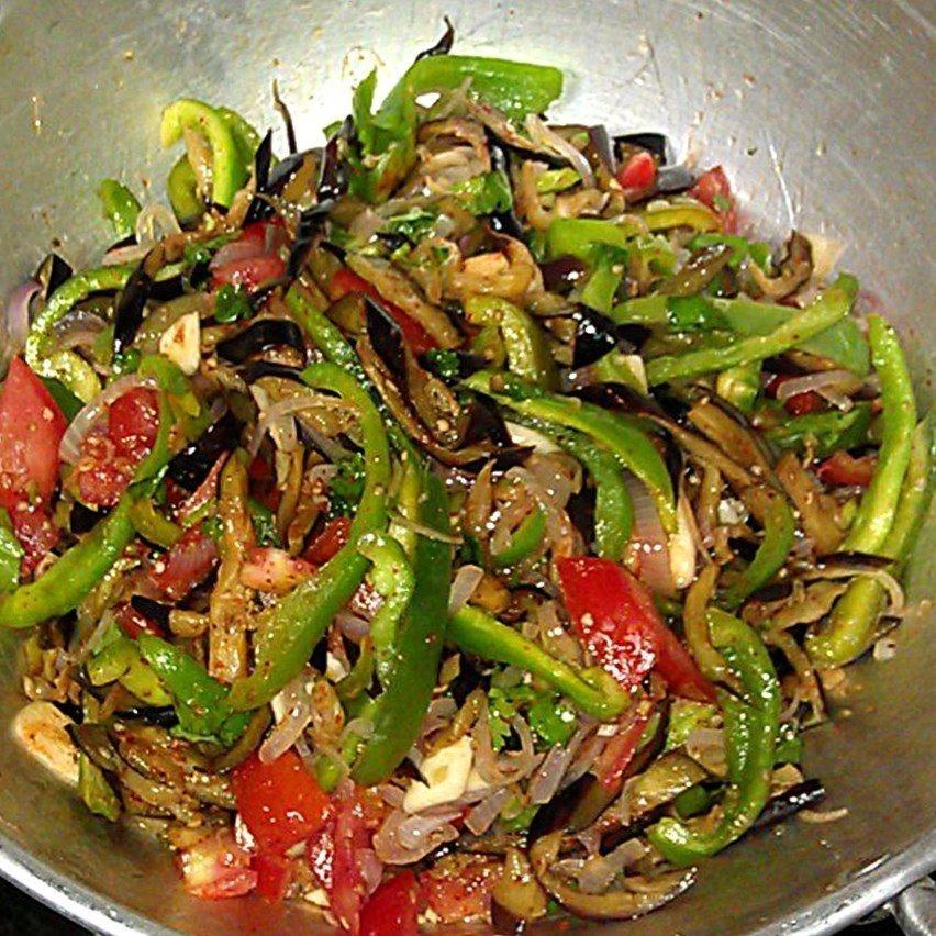 Теплый салат с курицей - 5 пошаговых рецептов с фото.